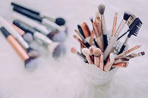 Personal Makeup Thumbnail