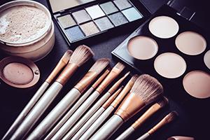 Professional Makeup Thumbnail